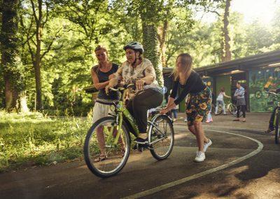 Bike Bridge sucht ehrenamtliche Trainerinnen und eine Kinderbetreuung!