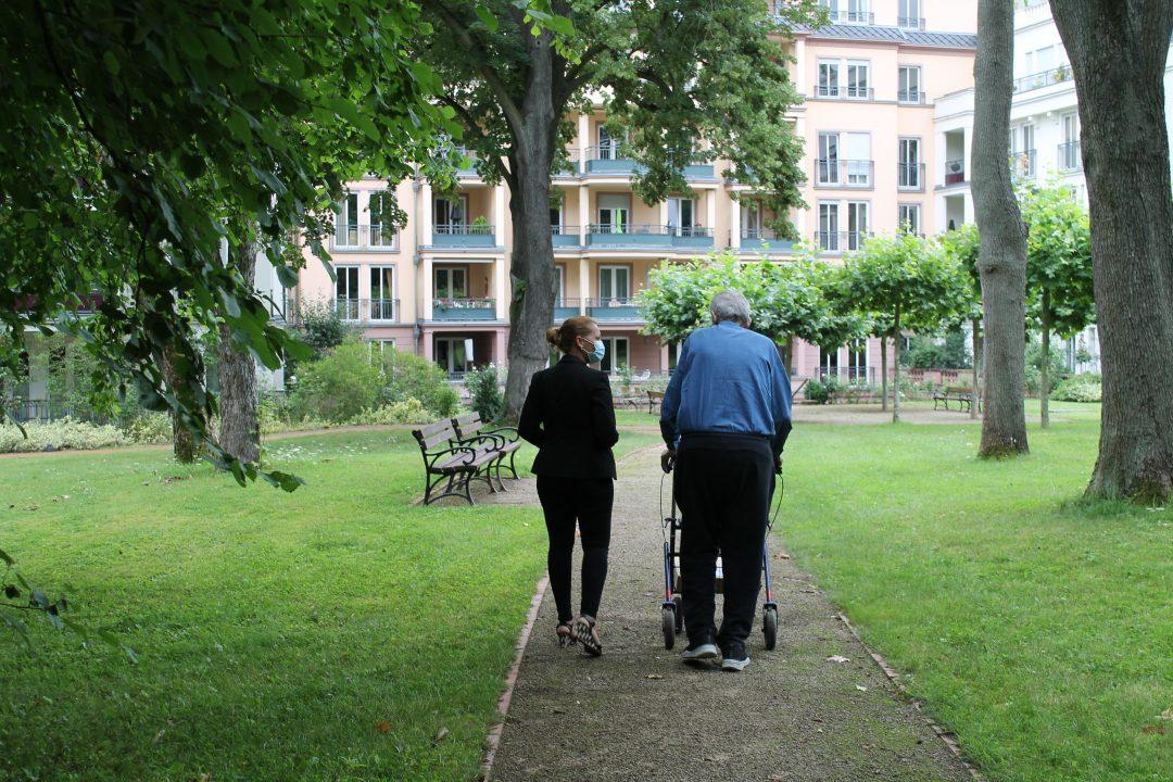 Seniorenlots:in in Sachsenhausen
